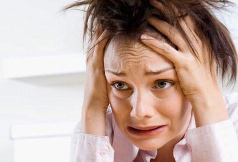 تأثیر استرس روی پوست سر
